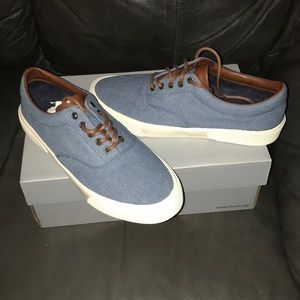 Kenneth Cole UNLISTED Agent Sneaker Size 8